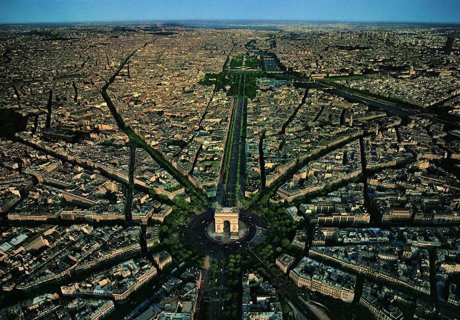 20 Stunning Aerial Views of Cities Around the World / Urban Planning