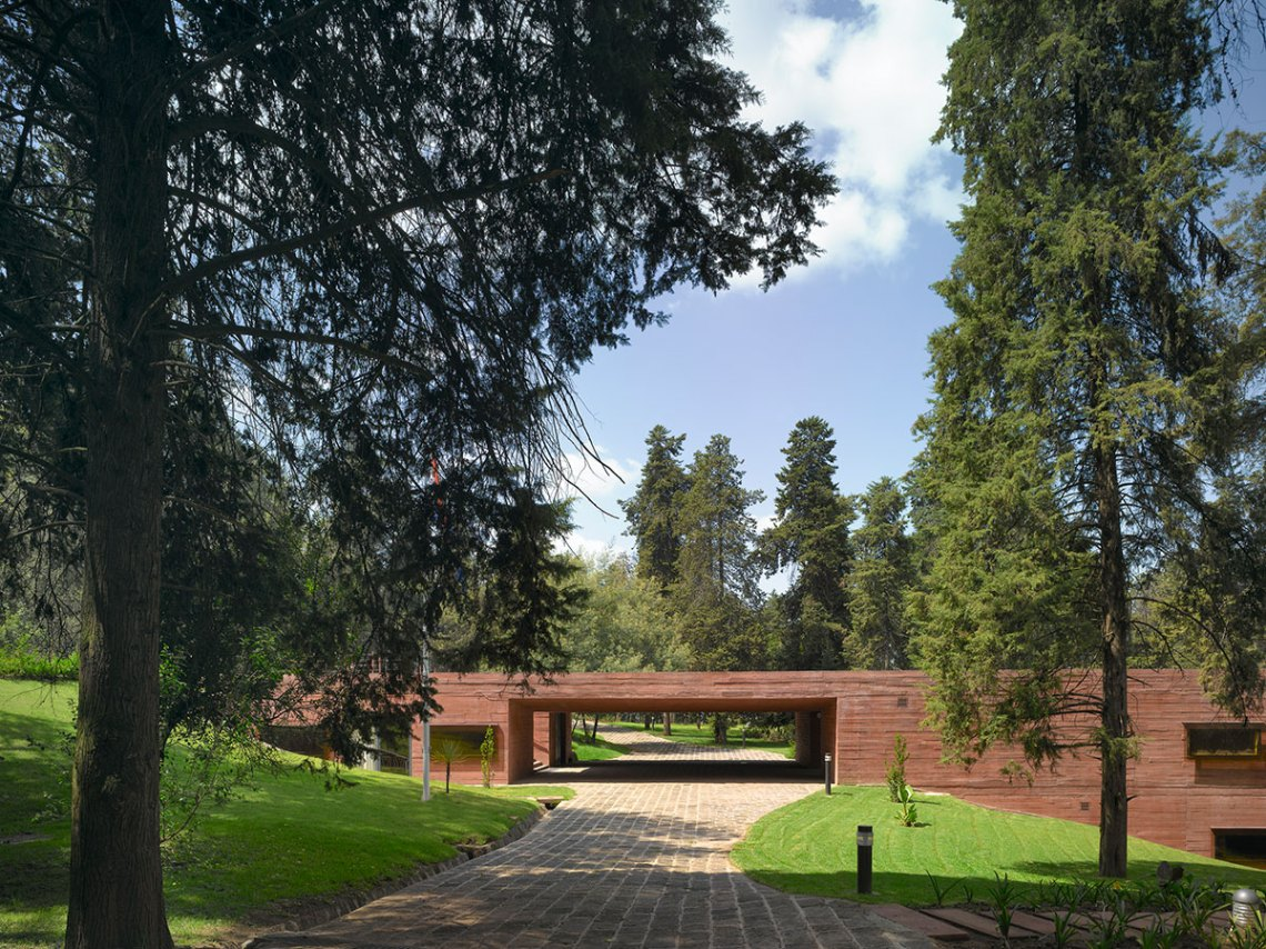 Dutch Embassy and residence in Ethiopia / mecanoo