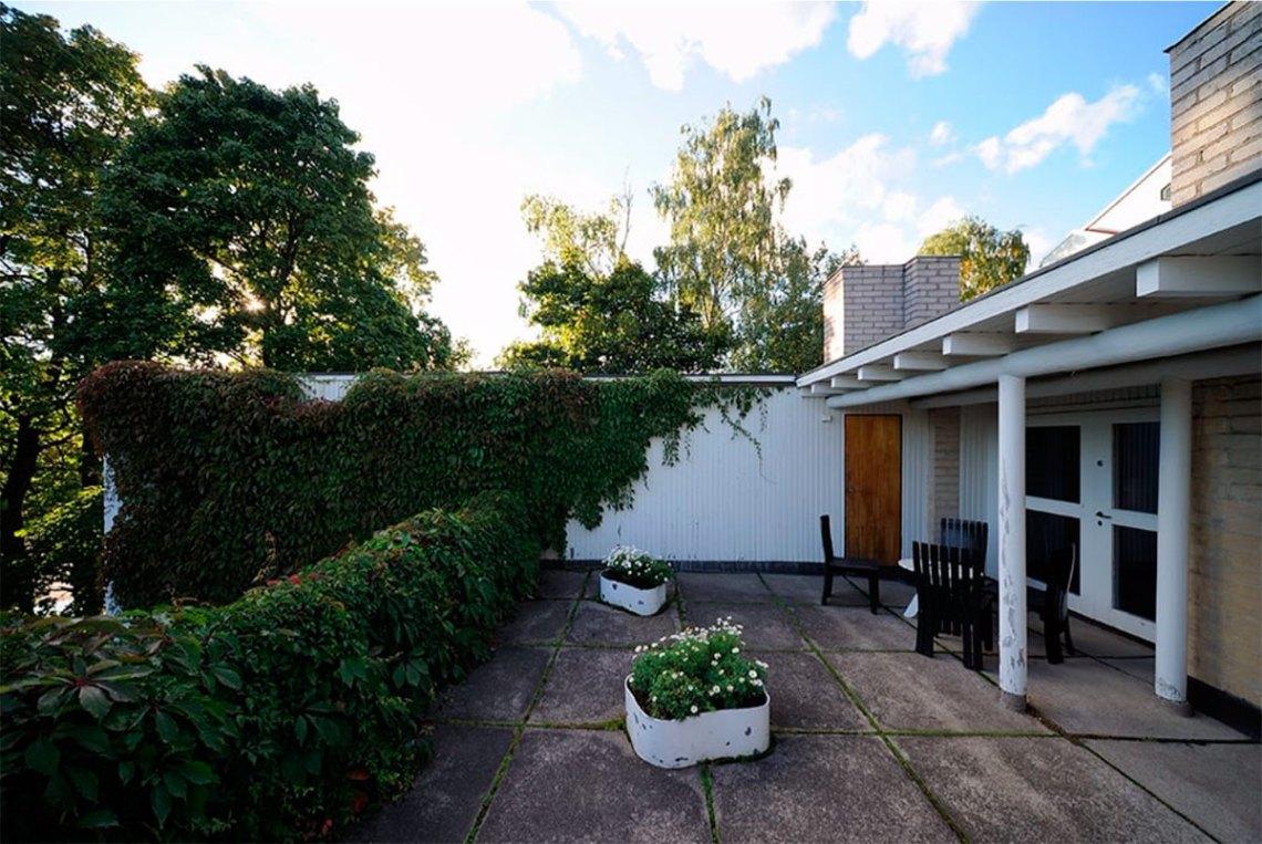 Balcony of Aino Aalto house