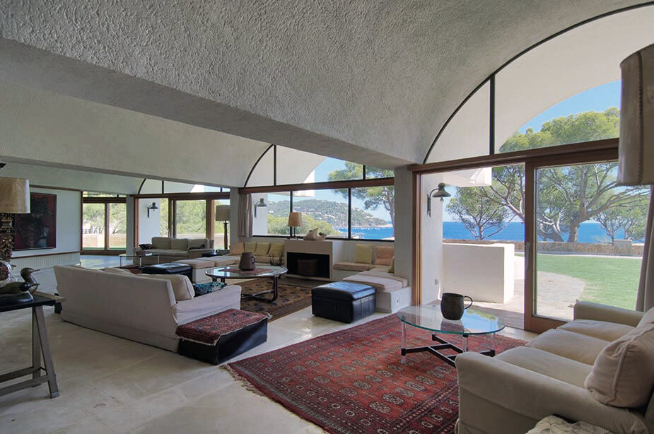 Interior space - House in Calella by catalan architect
