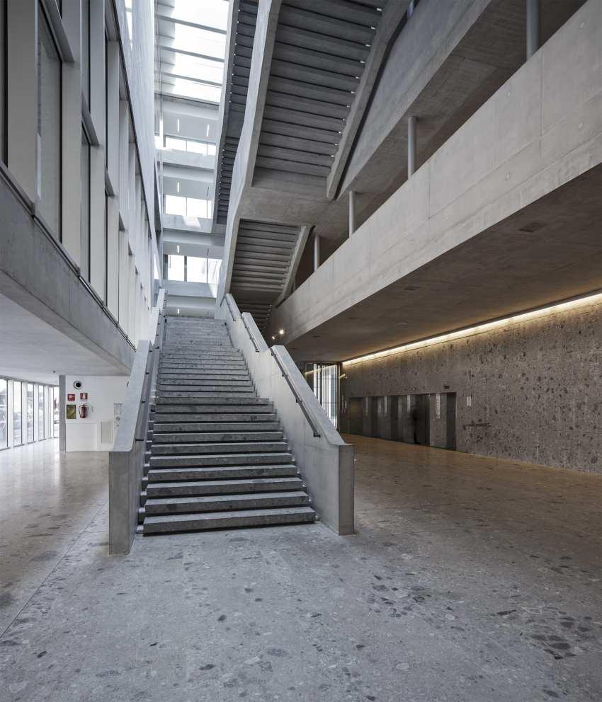 Communications of the Universita Luigi Bocconi / Grafton Architects