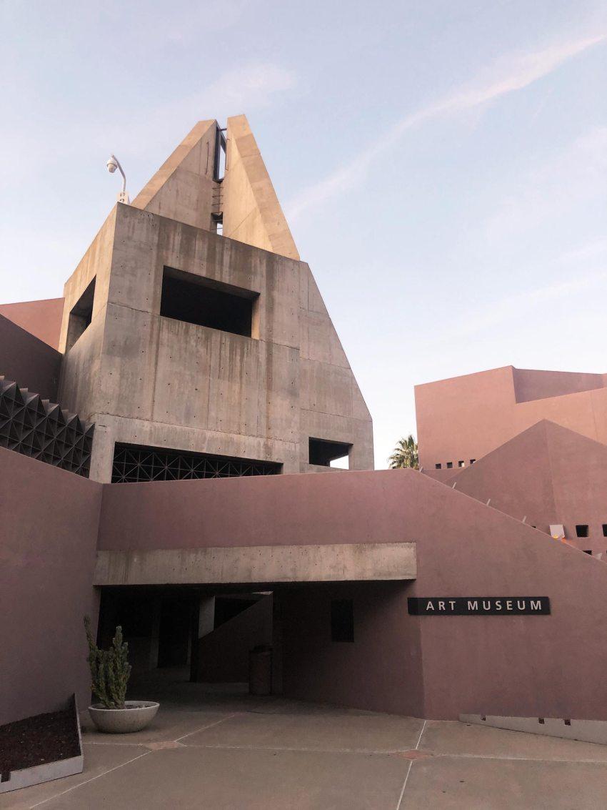 Concrete - Nelson Fine Arts Center in Phoenix / Antoine Predock