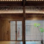 Wood material detail - Qishe Courtyard in Beijing / ARCHSTUDIO