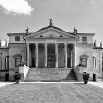 Exterior Front View - Villa Capra La Rotonda / Andrea Palladio