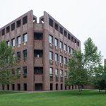 Corner - Phillips Exeter Academy Library / Louis Kahn