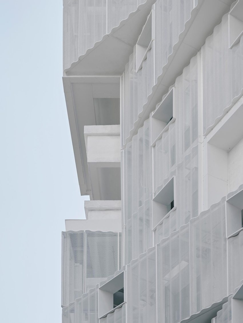 Balconies details - THE VILLAGE Apartments in Guangzhou / TEAM_BLDG