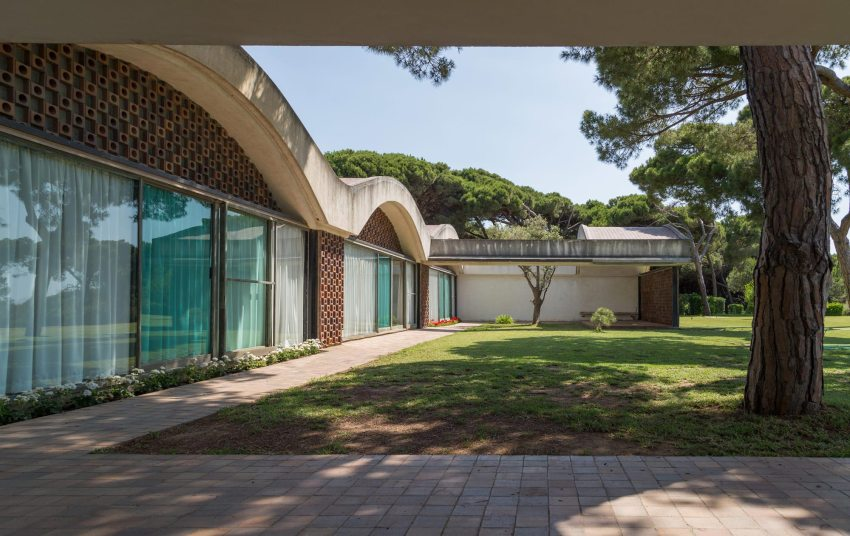 La Ricarda, Gomis House / Antoni Bonet i Castellana