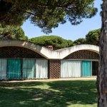 Facade - La Ricarda, Gomis House / Antoni Bonet i Castellana