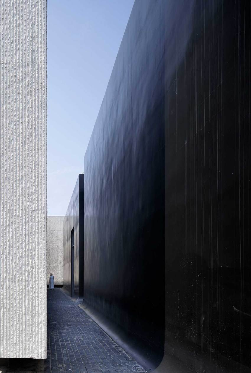 Black and white narrow lane - Shuyang Art Gallery