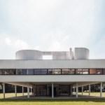 Front View / Villa Savoye