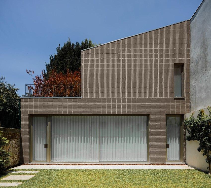 Miguel Bombarda Residential Building / Paula Santos Arquitectura