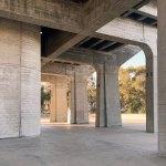 Columns - The Geisel Library / William Pereira & Associates