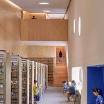 Library corridors - Pinghe Bibliotheater in Shangai / OPEN Architecture