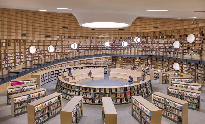 Library Interior- Pinghe Bibliotheater in Shangai / OPEN Architecture