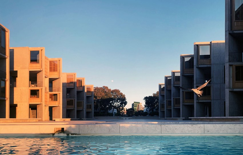 Salk Institute for Biological Studies / Louis Kahn