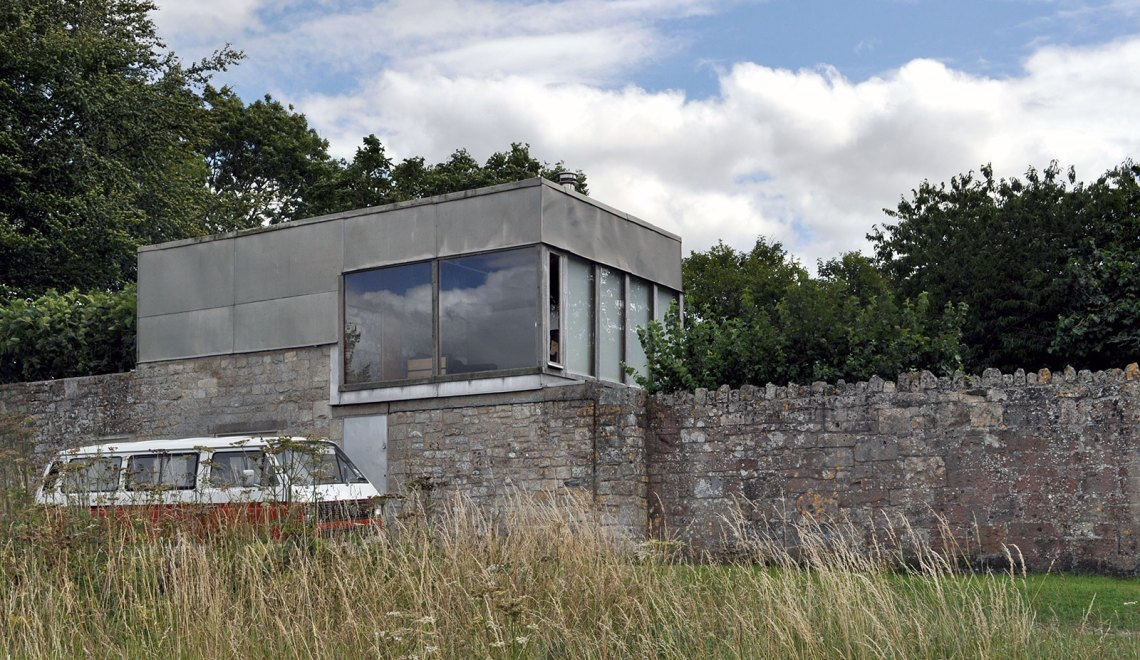 Upper Lawn Solar Pavilion Folly / Alison & Peter Smithson