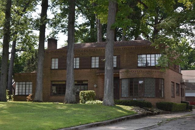 Jack & Shirley Komito House