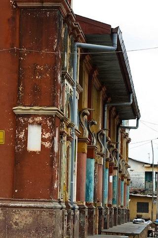 Lagrande-mosquee-de-porto-novo-au-Benin-patrimoine-darchitecture-afro-bresilienne-3