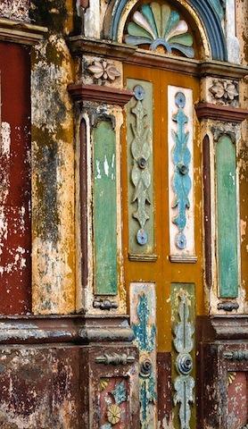 Lagrande-mosquee-de-porto-novo-au-Benin-patrimoine-darchitecture-afro-bresilienne-7