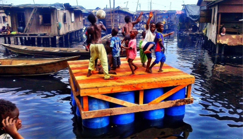 nigeria-lagos-ecole-flottante-de-makoko-par-kunle-adeyemi-nominee-design-de-lannee-2014-8