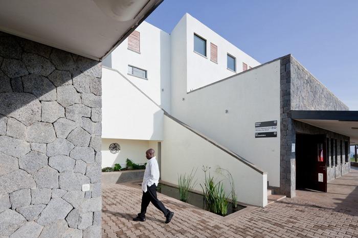 comment-equilibrer-les-traditions-locales-et-innover-dans-la-conception-dequipements-publics-en-afrique-24