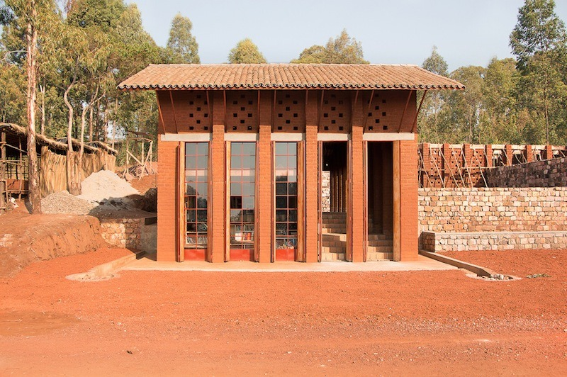 bibliotheque-de-muyinga-par-bc-architects-13