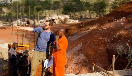 en-images-la-recherche-sur-les-materiaux-de-la-bibliotheque-de-muyinga-au-burundi-par-bc-architects-16