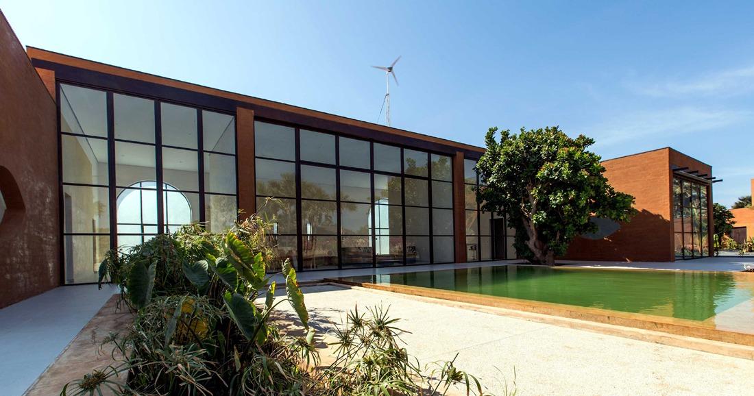 Khamsa-house-residence-privee-en-terre-au-senegal-atelier-koe12