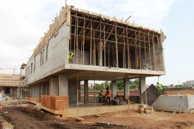 key-mpouto-villas-haut-standing-a-abidjan-par-thomas-hus-architecte-1