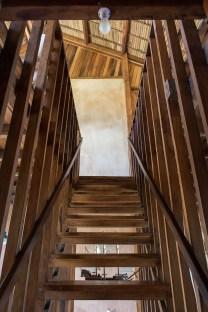 sous-les-voiles-a-nosy-be-madagascar-par-sceg-architects-22