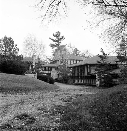 Taliesin. Ruth and Rick Meghiddo, 1971. All Rights Reserved.