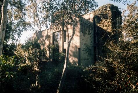 "Millard Residence, ""La Miniatura."" Ruth and Rick Meghiddo, 1971. All Rights Reserved."