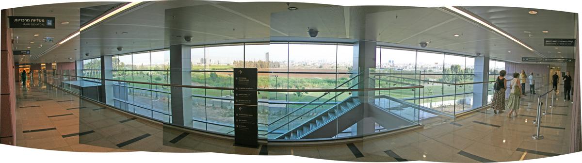 Assuta Medical Center. Copyright Ruth and Rick Meghiddo, 2010. All Rights Reserved.