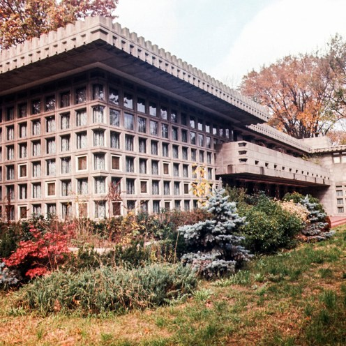Turkel House, Detroit, MI, 1955. Photo: R&R Meghiddo. R&R Meghiddo, 1971, All Rights Reserved.