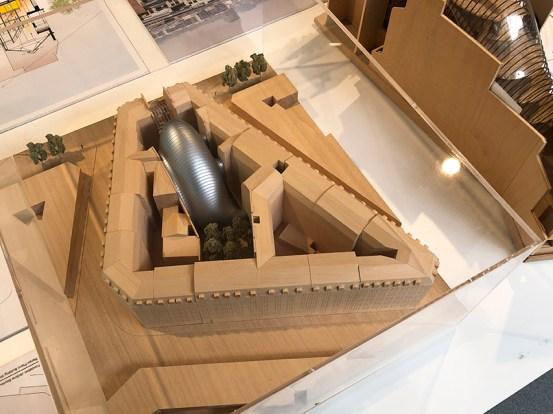 Architect: Renzo Piano. Model of complex.