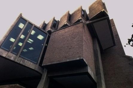 Goddard Library at Clark University, 1969. Architect: John Johansen. Photo: R&R Meghiddo.