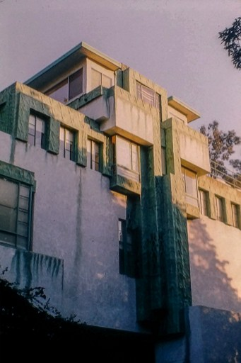 Samue Novarro House, 1928. Architect: Lloyd Wright. Photo: R&R Meghiddo.