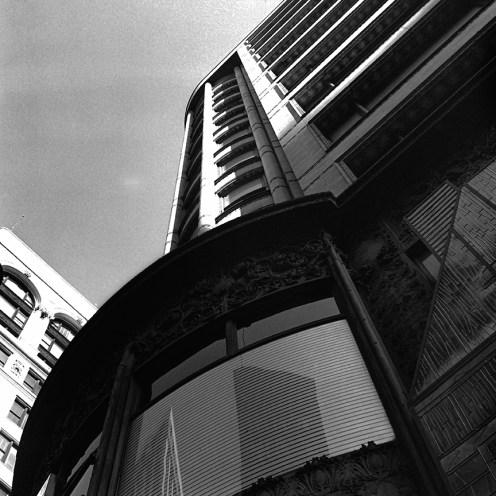 Carson Pirie Scott Building, Chicago, 1899. Architect: Louis Sullivan and David Burnham. Photo: R&R Meghiddo.