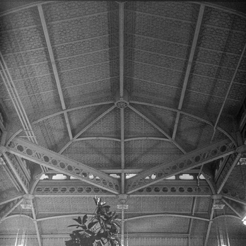 Rookery Building, 1886. Architect: Burnham and Root; Lobby remodeled in 1905 by Frank Lloyd Wright. Photo: R&R Meghiddo.