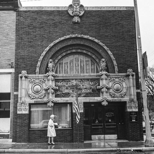 Farmers and Merchants Union Bank, Columbus, WI, 1919. Architect: Louis Sullivan. Photo: R&R Meghiddo.