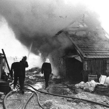 1978-07-12 Schuurbrand zwarte weg Bourtange