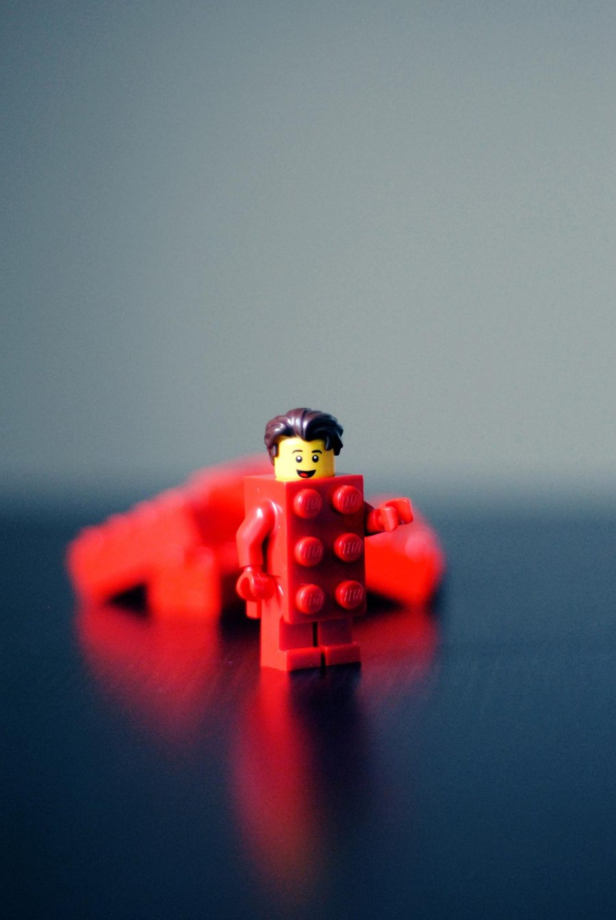 Lego Architecture and the (super)power of playfulness