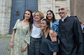 I personaggi di Notre Dame de Paris con il ministro Lorenzin