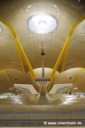 Robert Mehl Madrid Airport