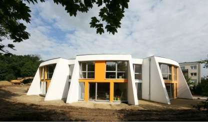 7 Eine Montessori Grundschule in moderner Architektur