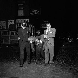 Christmas Eve 1953, East 78th Street & 3rd Avenue, New York, NY