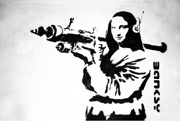 mona-lisa-with-bazooka-rocket-by-banksy