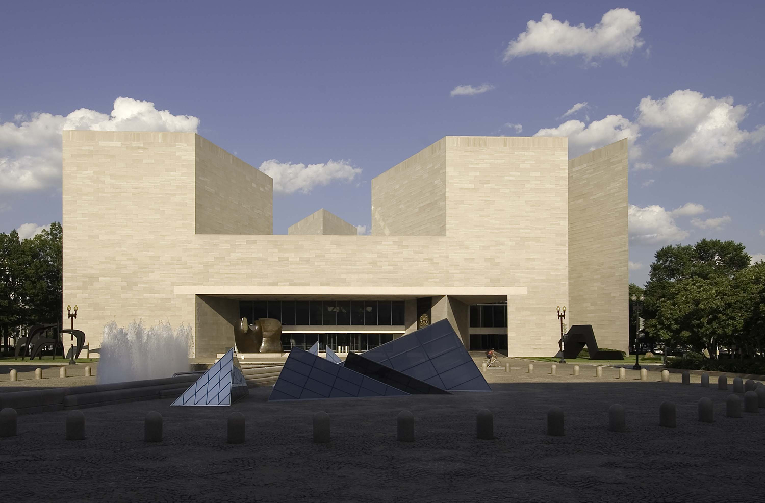 Pei' National Of Art Building Set Reopen Week In Washington Archinect