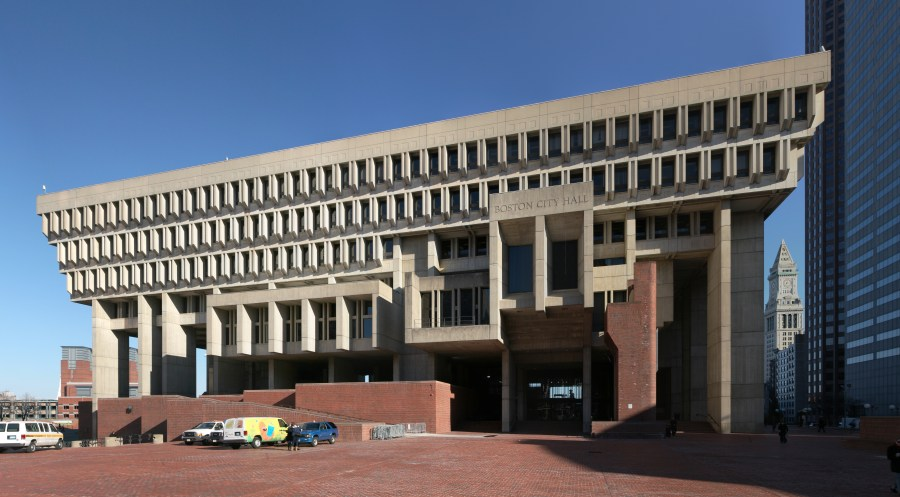 Michael McKinnell helped design Boston's iconic city hall in the 1960s. Image courtesy of Wikimedia Commons / Daniel Schwen.