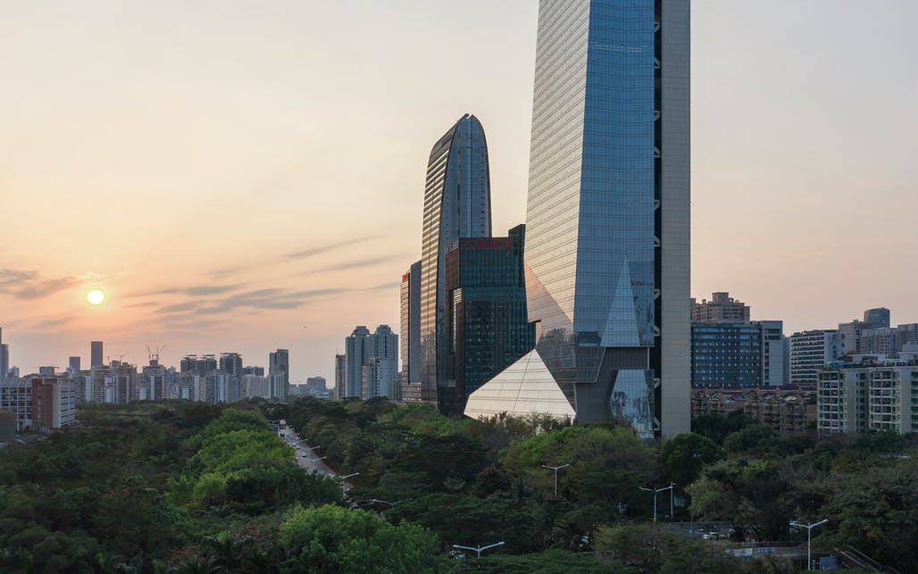 Related on Archinect: Morphosis' Shenzhen skyscraper sets world record with detached core